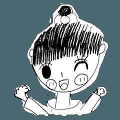 小学生の女の子が描く女の子の絵